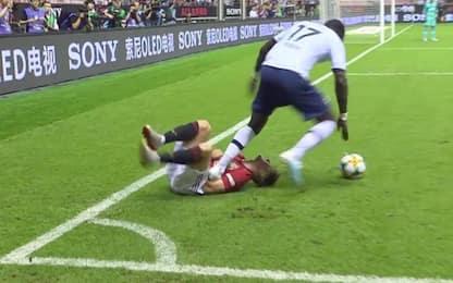 Sissoko, fallo shock in Tottenham-United. VIDEO