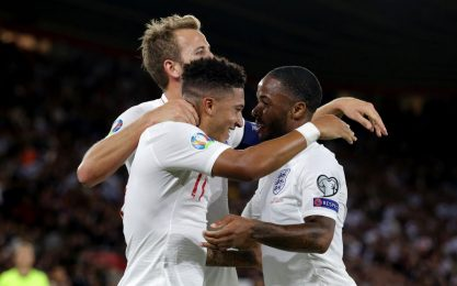 Inghilterra e Francia ok, in gol Hysaj e Berisha