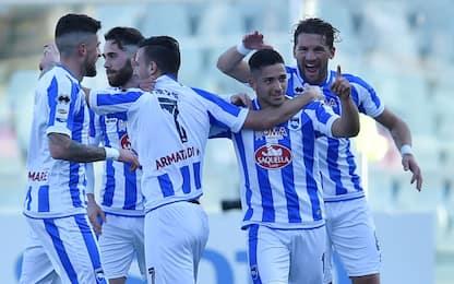 Pescara, riecco Zeman: 5 gol al Genoa. Sassuolo ok