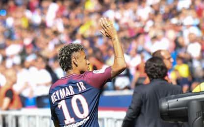 """PSG, presentato Neymar: """"Qui per fare la storia"""""""