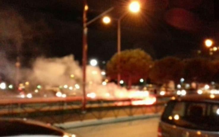 Covid Campania, bombe carta esplose sotto casa di De Luca: 4 indagati