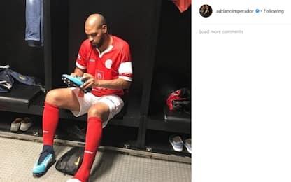 Adriano medita il ritorno: è vicino al Flamengo