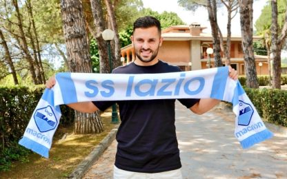 Lazio, ufficiale Durmisi: esterno a tutta fascia