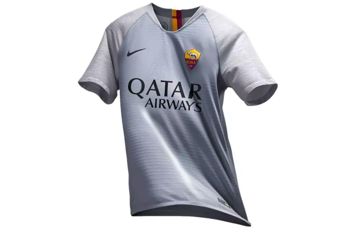 La nuova maglia da trasferta della Roma, foto sito Roma