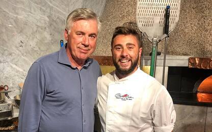 Ancelotti, pizza in città: a Napoli è già di casa