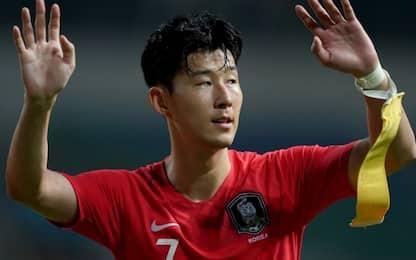La Corea vince l'oro, Son evita servizio militare