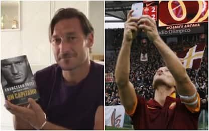 """Totti svela la copertina del libro: """"Un capitano"""""""