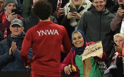 Salah regala la maglia, in cambio riceve un dono