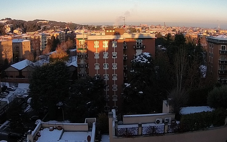 Martedì 18 dicembre, Bologna al risveglio dopo la nevicata del giorno prima