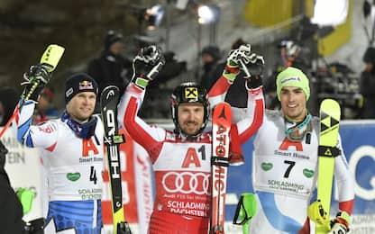 Sci, Hirscher domina slalom a Schladming
