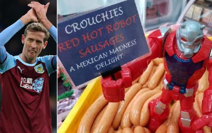 Crouch idolo a Burnley: è diventato una salsiccia!