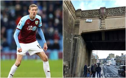 """""""Occhio alla testa!"""", il Burnley 'avvisa' Crouch"""