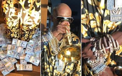 Mayweather, altro che Mahmood: oro e soldi ovunque