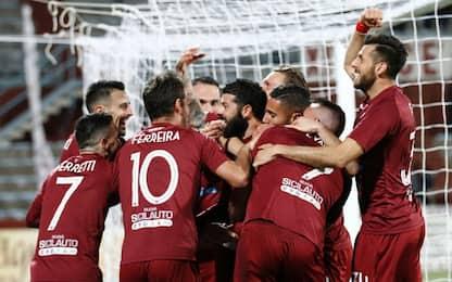 Serie C: al Trapani il derby, Piacenza in testa