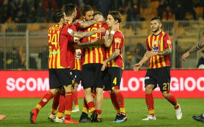 La Mantia show, il Lecce ribalta il Cosenza: 3-1