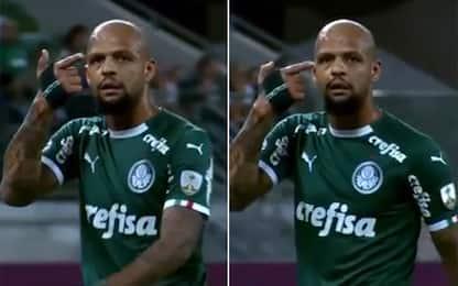 Felipe Melo shock: mima pistola alla tempia