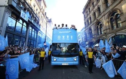 """Fourmidables"": Manchester celebra il City"
