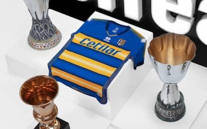 Parma, la seconda maglia celebra le coppe del 1999