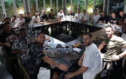 L'Inter fa gruppo e canta, Icardi non c'è. VIDEO