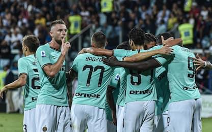 Lautaro-Lukaku, l'Inter batte 2-1 un buon Cagliari