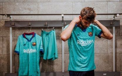 Barça: la terza maglia profuma di storia. FOTO