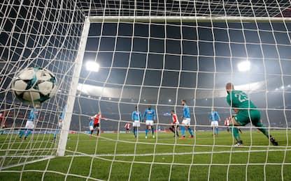 Napoli fuori, 2-1 Feyenoord. Decide lo Shakthar