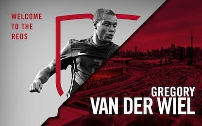 Da Cagliari alla MLS: van der Wiel vola a Toronto