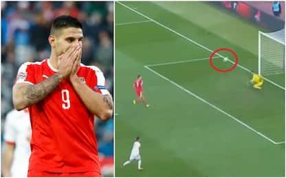 Ranieri, guarda Mitrovic: cucchiaio da dimenticare