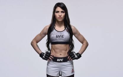 Tenta di rapinare lottatrice MMA: aggressore ko