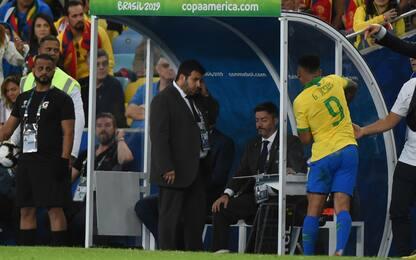 Gabriel Jesus come Messi: multa e squalifica