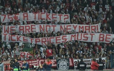 Striscione_Bayern