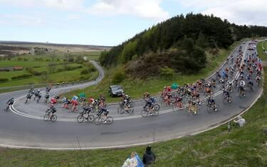 discesa_ciclismo_giro_lapresse