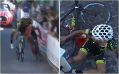 Ciclismo, il fotofinish più assurdo di sempre