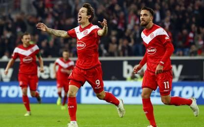 Doppio Raman, il Dusseldorf travolge 4-1 l'Hertha