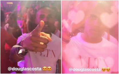 Douglas, incidente e festa: la Juve non gradisce