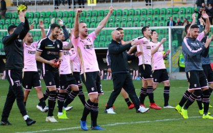 Palermo, 4-1 al Carpi e Brescia a -1. Pari Venezia