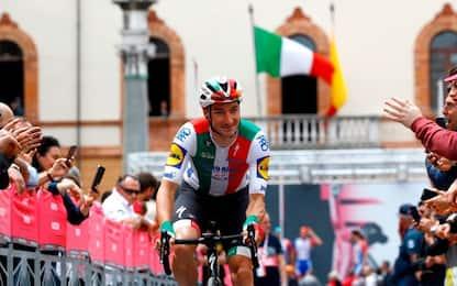 """Vince Ewan, Viviani lascia il Giro: """"Sono deluso"""""""