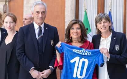 """Italia femminile in Senato: """"Riscattate i ragazzi"""""""