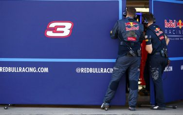compound_red_bull_twitter