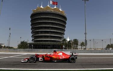 giovinazzi_test_bahrain_sutton