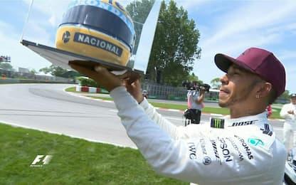 Pole di Hamilton che raggiunge Senna, Vettel 2°