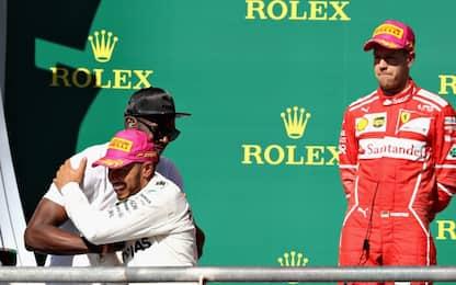 Festa Mercedes, ma in Ferrari non sono lontani