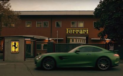 Mercedes a Maranello: omaggio alla Ferrari o...