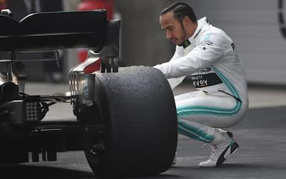 """Hamilton: """"Gara favolosa, ma tutti ancora vicini"""""""