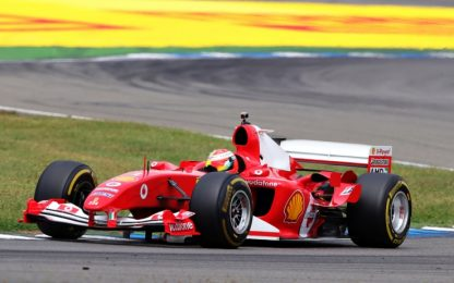 Emozione Schumacher: Mick sulla Ferrari del papà