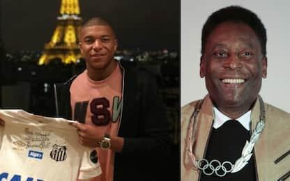 Mbappé si commuove, da Pelé maglia con dedica