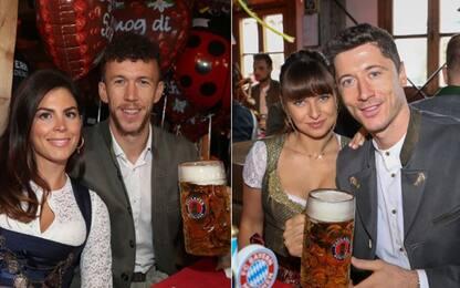 Oktoberfest, fiumi di birra per il Bayern! FOTO