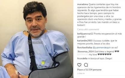 """Maradona operato alla spalla: """"Tutto bene"""""""