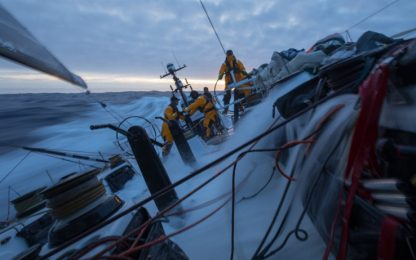 Volvo Ocean Race, uomo disperso in mare