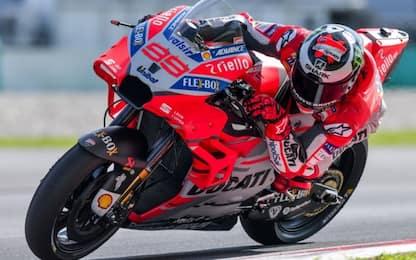 Lorenzo torna leader a Sepang, bene la Yamaha